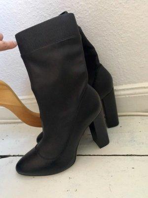 Zara Heel Boots black leather