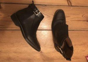 Zara Stiefeletten Chelsea Boots 41 echtleder schwarz Fransen