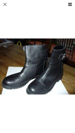 Zara Stiefeletten größe 40 schwarz