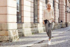 Zara Stoffhose schwarz-weiß Hahnentrittmuster klassischer Stil