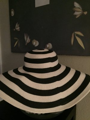 Zara Hat dark blue-white