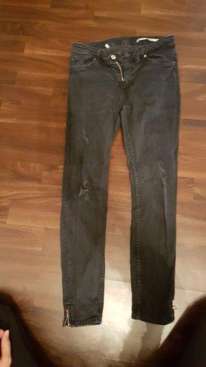 Zara Stretch Jeans / used look Gr. EUR 40 - macht schönen popo