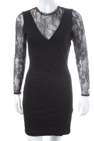 Zara Robe stretch noir élégant