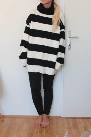 Zara Pull oversize blanc-noir coton