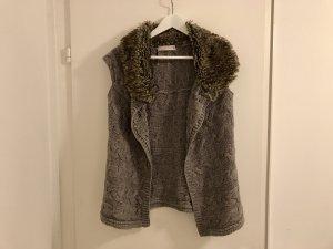 ZARA Strickweste S / 36 Kunstfell warm Winter beige braun Schlamm Top Fake Fur