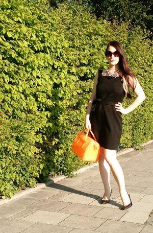 Zara Studio Kleid Gr. S 36 schwarz wolle Wickel wickelkleid luxus wool etui edel