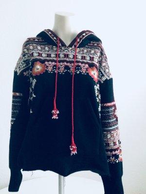 Zara Sweater mit Kapuze - sehr wertig und flauschig - bestickt - Festival