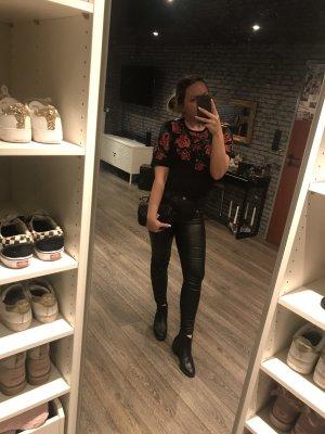 Zara T-Shirt mit Rosen schwarz