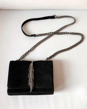 Zara Tasche aus Leder mit Metallverzierung