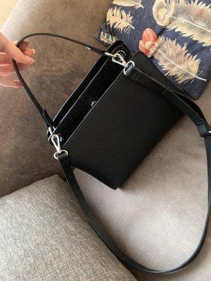 Zara Tasche schwarz