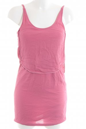 Zara Trägerkleid pink Beach-Look