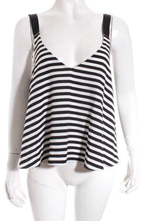 Zara Trafaluc Cropped Top weiß-schwarz Streifenmuster Street-Fashion-Look