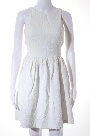Zara Trafaluc Robe découpée blanc motif embelli Look de plage