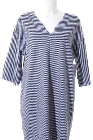 Zara Trafaluc Etuikleid schwarz-wollweiß Streifenmuster schlichter Stil