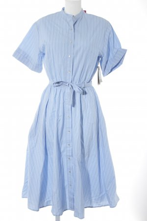 Zara Trafaluc Hemdblusenkleid hellblau-weiß Schriftzug gestickt Beach-Look