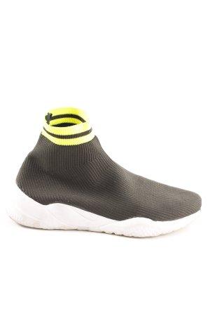 Zara Trafaluc High Top Sneaker dunkelgrün-neongrün Streifenmuster Casual-Look