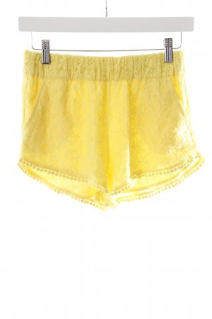 Zara Trafaluc High-Waist-Shorts gelb Spitzenbesatz
