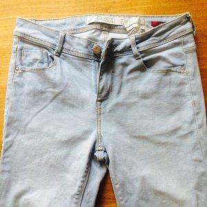 Zara Trafaluc Jeans hellblau