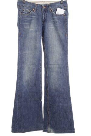 Zara Trafaluc Jeansschlaghose dunkelblau-blau Street-Fashion-Look