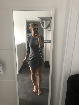 Zara Trafaluc Robe crayon gris