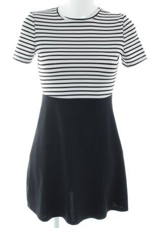 Zara Trafaluc Kurzarmkleid schwarz-weiß Streifenmuster Casual-Look