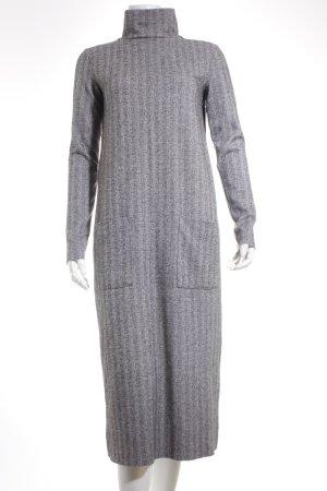 Zara Trafaluc Midikleid grau Zackenmuster Street-Fashion-Look