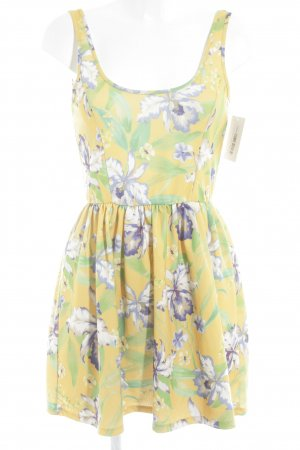 Zara Trafaluc Minikleid florales Muster Street-Fashion-Look