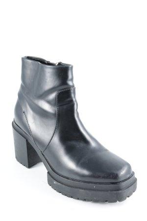 Zara Trafaluc Plateau-Stiefeletten schwarz Street-Fashion-Look