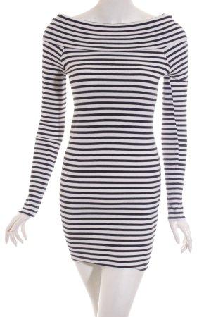 Zara Trafaluc Pullover wollweiß-dunkelblau Ringelmuster Marine-Look