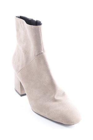 Zara Trafaluc Botas con cremallera marrón grisáceo look casual f5701b02267