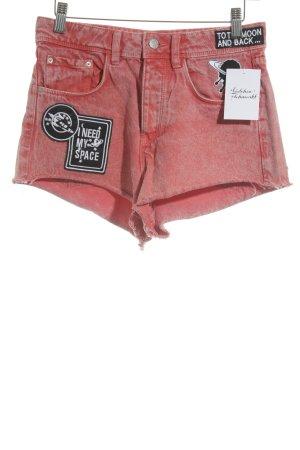 Zara Trafaluc Shorts hellrot Motivdruck Casual-Look
