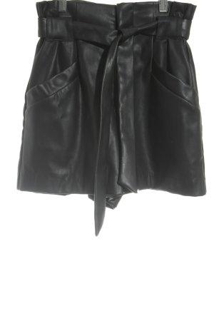 Zara Trafaluc Shorts schwarz Party-Look