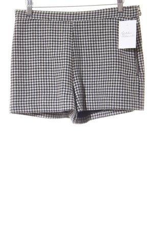 Zara Trafaluc Shorts schwarz-weiß Hahnentrittmuster klassischer Stil