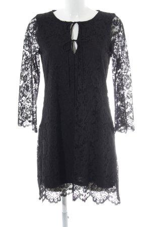 08afa52c9aa Zara Trafaluc Spitzenkleid schwarz Elegant