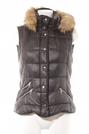 Zara Trafaluc Quilted Gilet black quilting pattern casual look