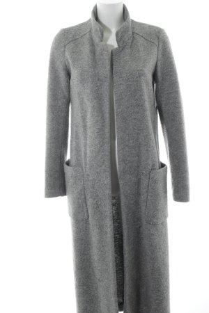 Zara Trafaluc Abrigo de lana gris look casual
