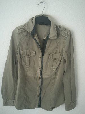 Zara Trf Hemd im Armee Stil