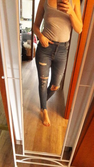 Zara Trf Jeans Highwaist Ripped off destroyed used look skinny slim fit Röhre