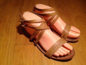 ZARA TRF Leder-Sandaletten in Beige, Gr. 38