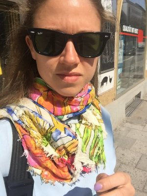 Zara Tuch bunt floral