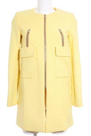 Zara Übergangsmantel gelb Street-Fashion-Look