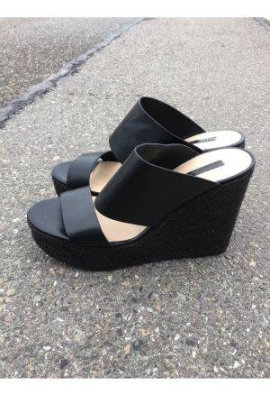 Zara High-Heeled Sandals black