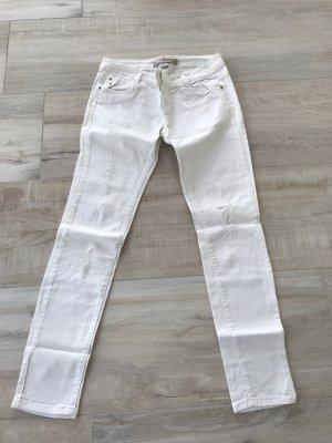 Zara weiße Jeans Lowrise mit Rissen