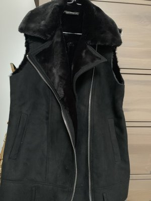 Zara Fake Fur Jacket black