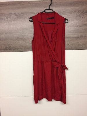Zara Basic Vestido cruzado rojo oscuro