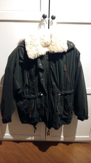 ZARA Winterjacke waldgrün-weiß Größe XS/34