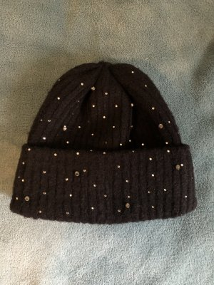 Zara Chapeau en tricot noir