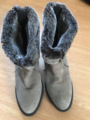 Zara Botines de invierno gris claro-crema