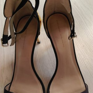 zara woman black sandals