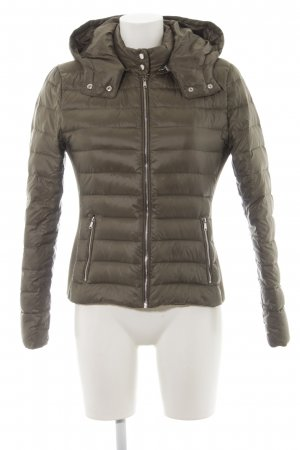 big sale 347ef cba27 Zara Woman Daunenjacke khaki Steppmuster Casual-Look